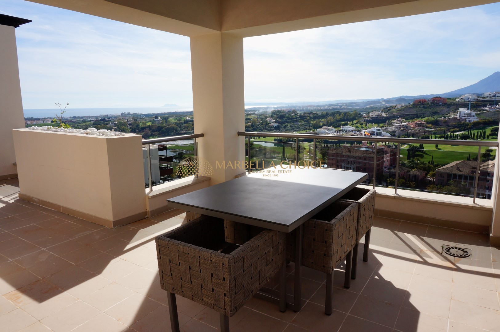 Acosta 3bed Penthouse