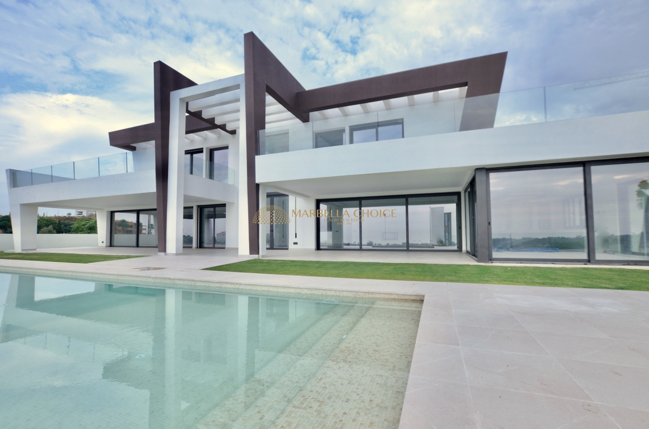 Lovely contemporary villa in Los Flamingos